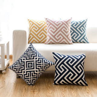 Chinese Geometric 45x45 Navy Blue Embroidery Cushion Cover For Living Room